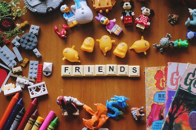 Cum alegem jucariile sigure pentru copii?